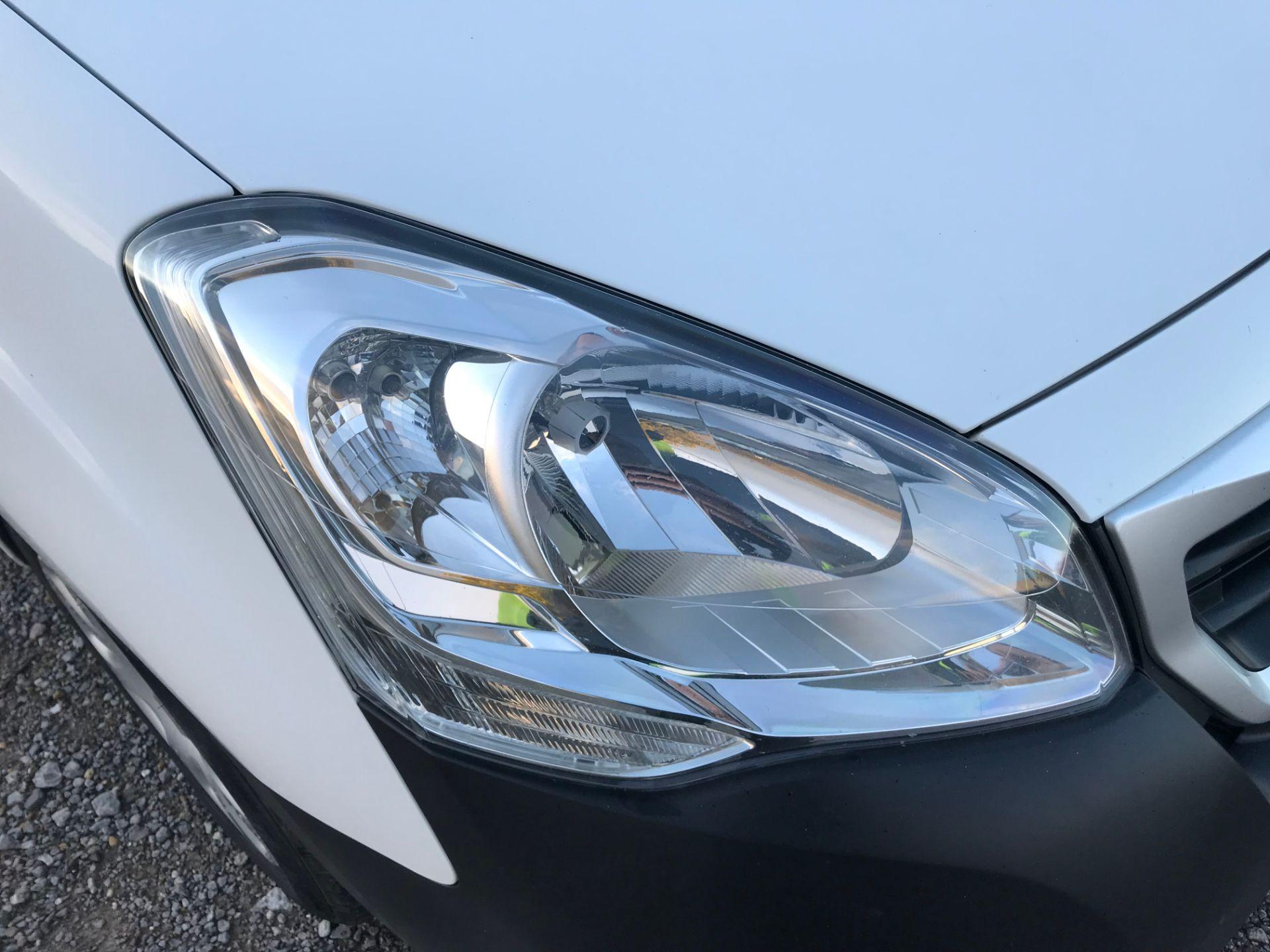 2017 Peugeot Partner 850 1.6 Bluehdi 100 Professional Van [Non Ss] (NX17TNO) Image 18