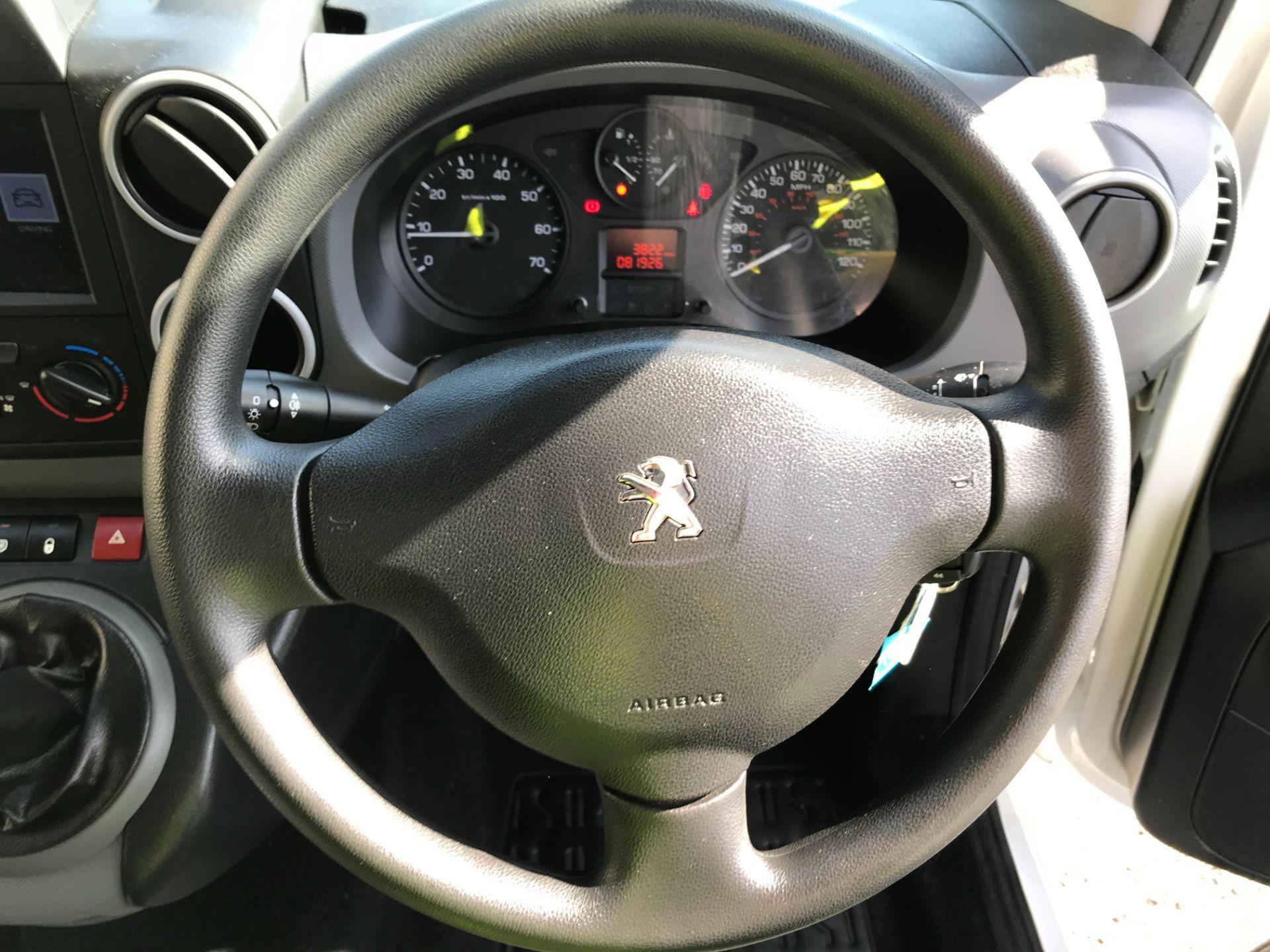 2017 Peugeot Partner L1 850 1.6BLUEHDI 100PS PROFESSIONAL EURO 6 (NX17TOH) Image 5