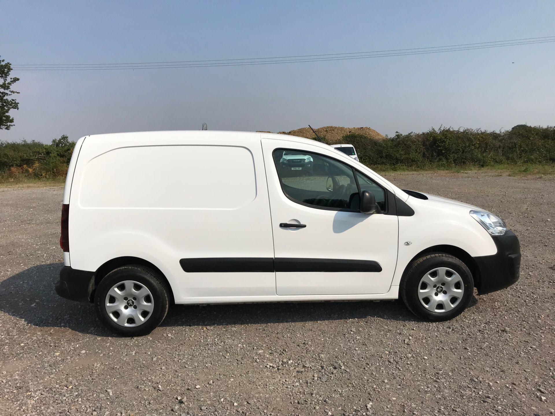 2017 Peugeot Partner 850 1.6 Bluehdi 100 Professional Van [Non Ss] (NX17TSV) Image 9