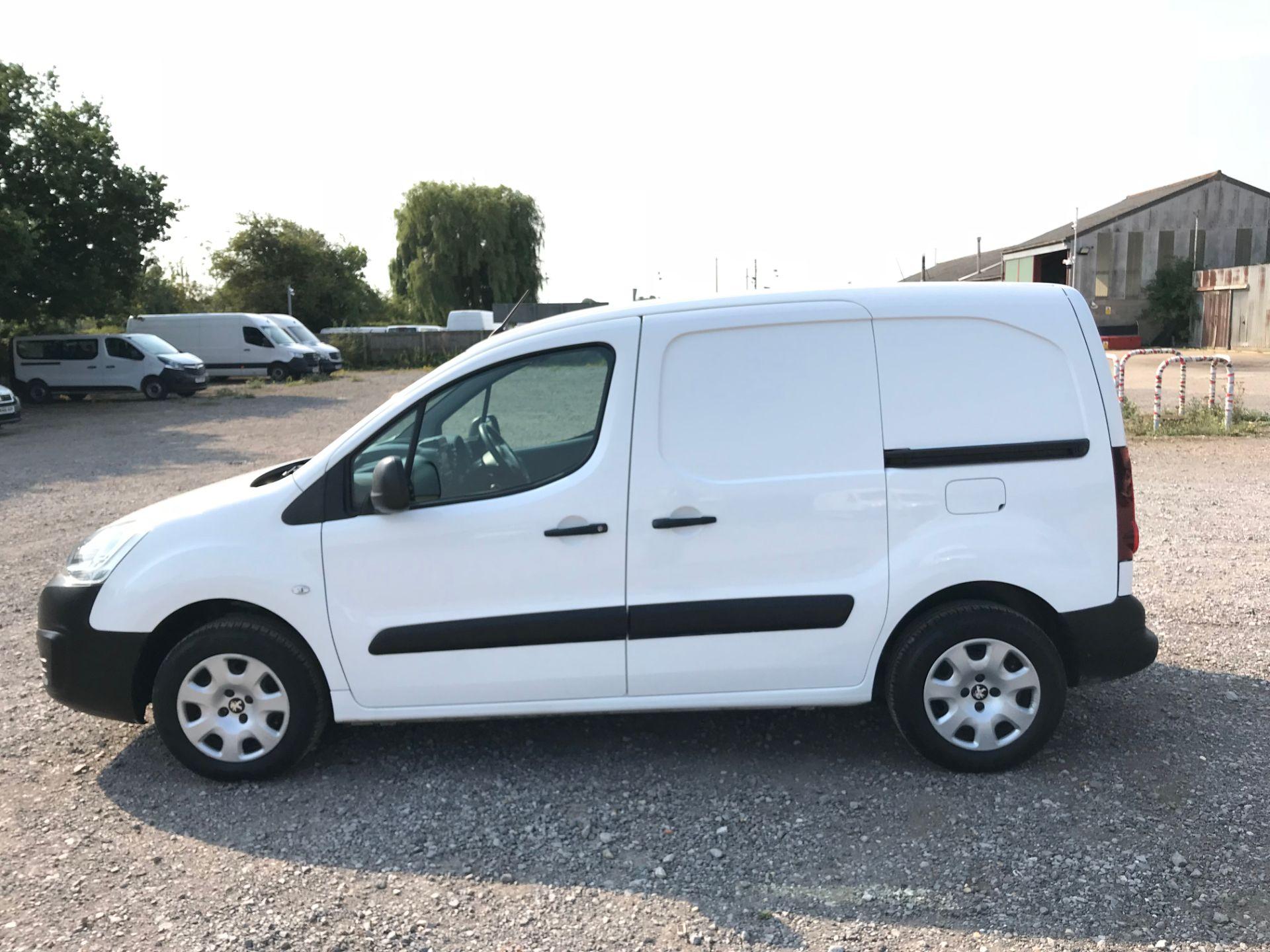 2017 Peugeot Partner 850 1.6 Bluehdi 100 Professional Van [Non Ss] (NX17TSV) Image 7
