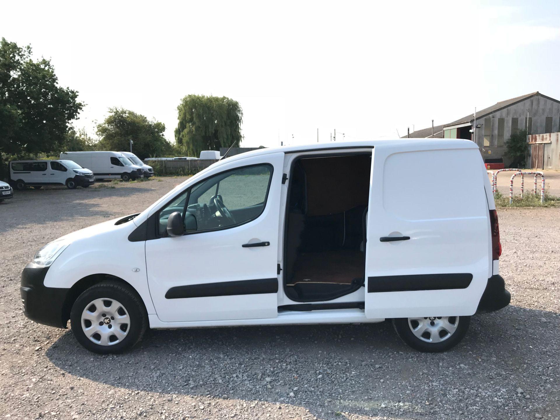 2017 Peugeot Partner 850 1.6 Bluehdi 100 Professional Van [Non Ss] (NX17TSV) Image 8