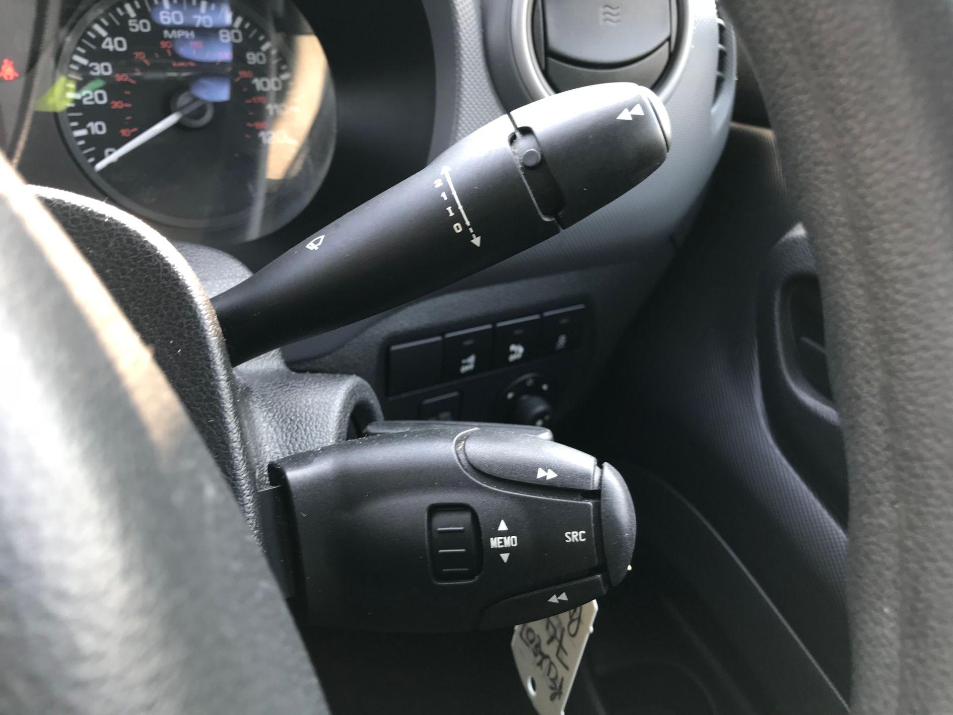 2017 Peugeot Partner 850 1.6 Bluehdi 100 Professional Van [Non Ss] (NX17TSV) Image 32