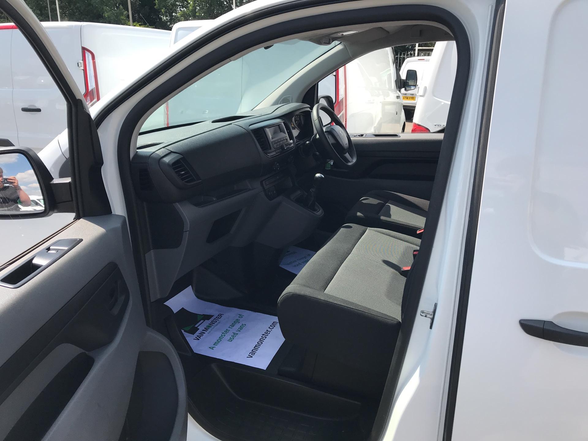 2017 Peugeot Expert STANDARD 1000 1.6 BLUEHDI 95 S EURO 6 (NX17TXW) Image 14
