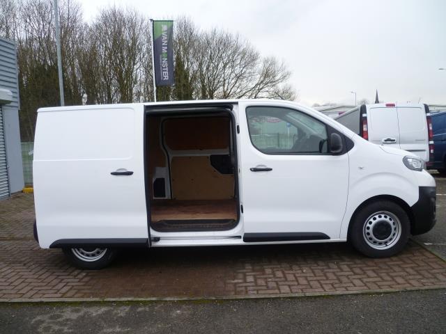2017 Peugeot Expert 1000 1.6 Bluehdi 95 S Van (NX17XHK) Image 9