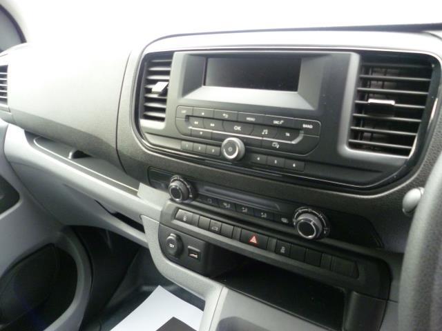 2017 Peugeot Expert 1000 1.6 Bluehdi 95 S Van (NX17XHK) Image 20