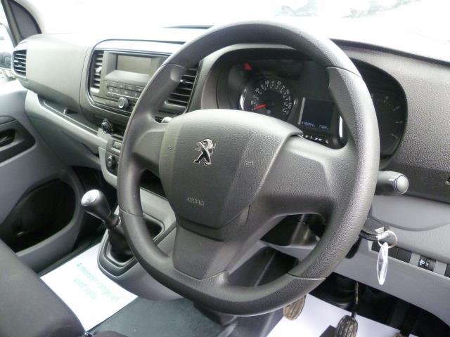 2017 Peugeot Expert 1000 1.6 Bluehdi 95 S Van (NX17XHK) Image 21