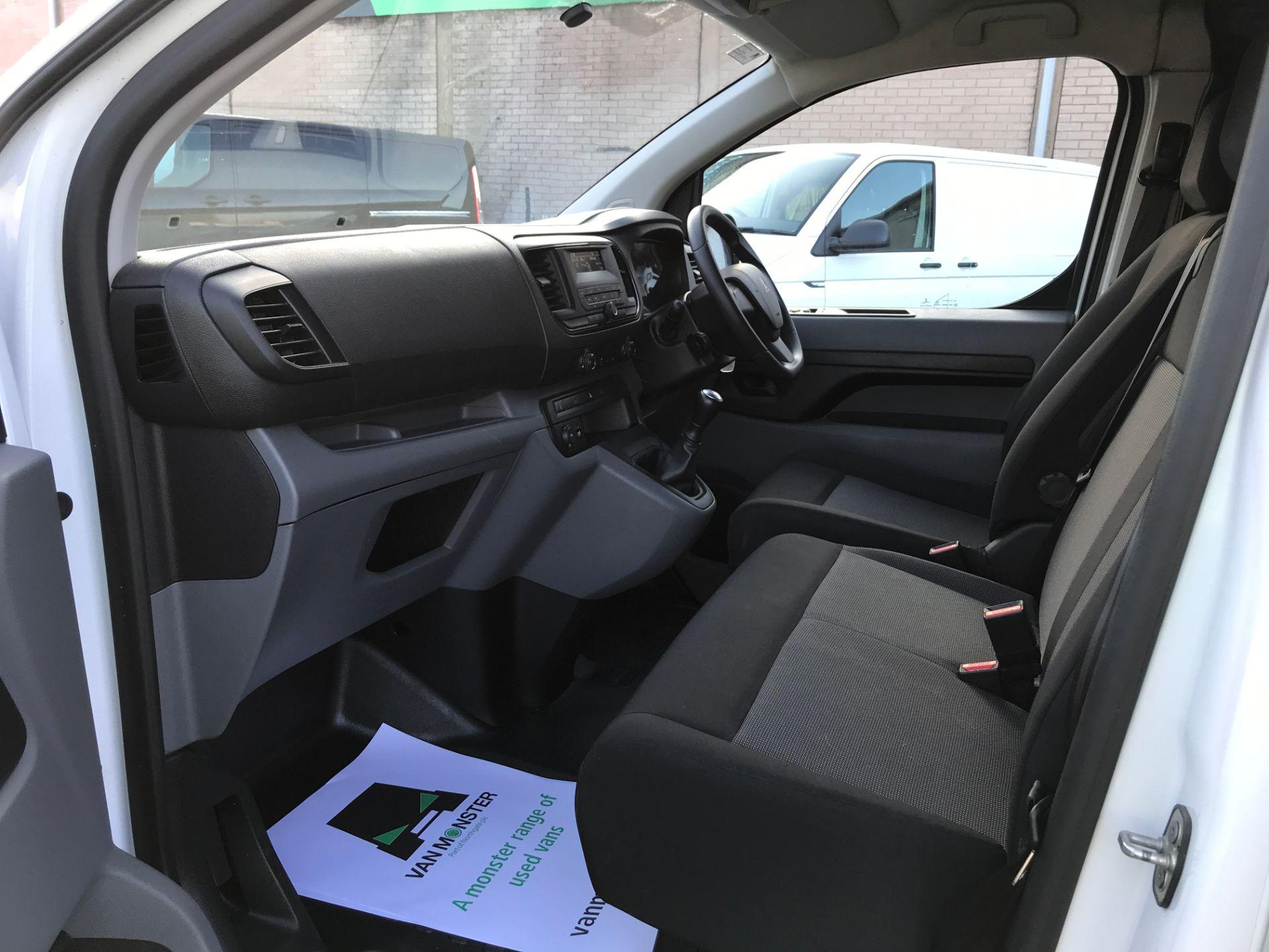 2017 Peugeot Expert 1000 1.6HDI BLUE S 95PS EURO 6 (NX17XHZ) Image 20