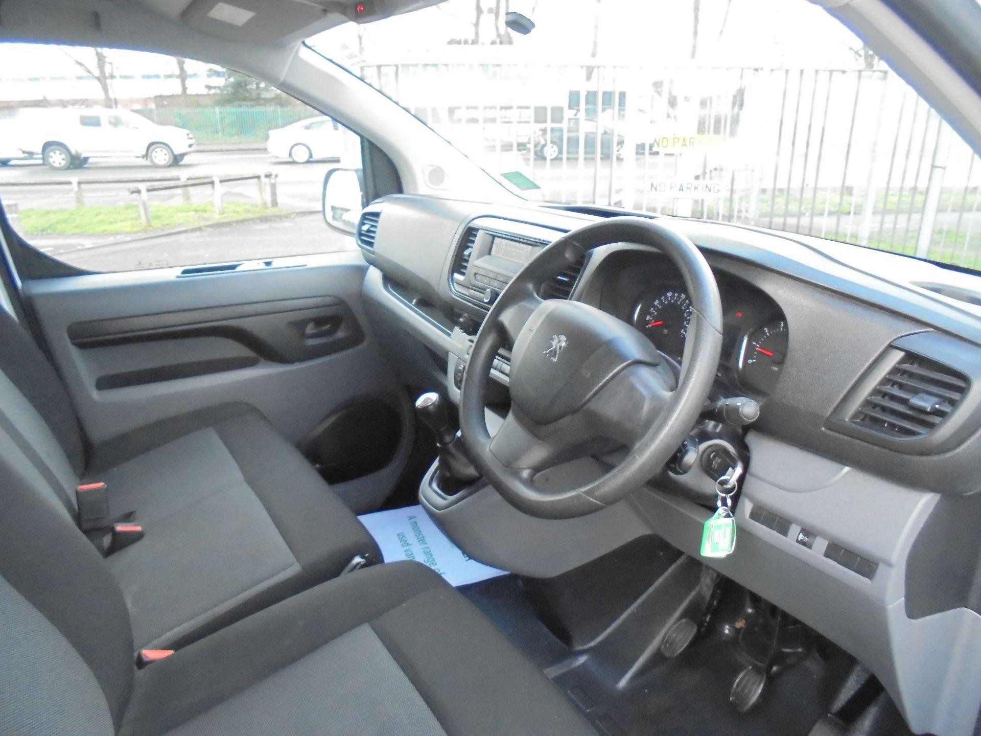 2017 Peugeot Expert  STANDARD 1000 1.6 BLUEHDI 95 S EURO 6 (NX17XKD) Image 12