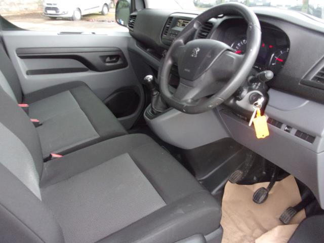 2017 Peugeot Expert STANDARD 1000 1.6 BLUEHDI 95PS S VAN EURO 6 (NX17XLC) Image 2