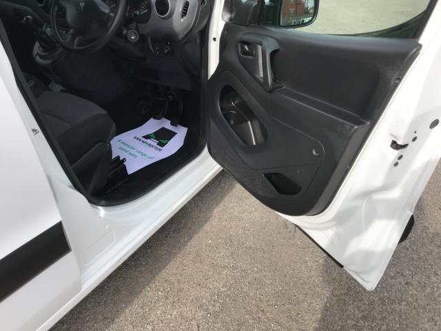 2017 Peugeot Partner 715 S 1.6 Bluehdi 100 Crew Van Euro 6 (NX17XMJ) Image 13