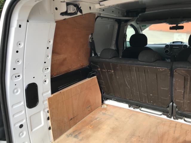 2017 Peugeot Partner 715 S 1.6 Bluehdi 100 Crew Van Euro 6 (NX17XMJ) Image 37