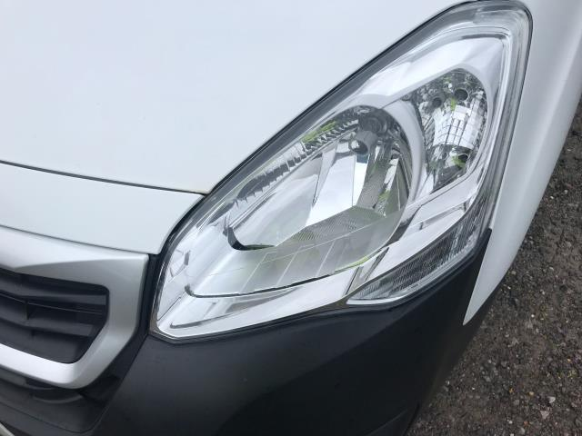 2017 Peugeot Partner  L2 715 S 1.6 BLUEHDI  EURO 6 (NX17YUR) Image 44