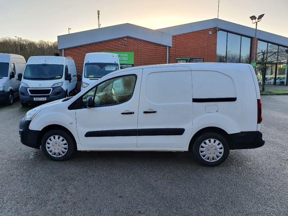 2017 Peugeot Partner 715 S 1.6 Bluehdi 100 Crew Van (NX17YVA) Image 14
