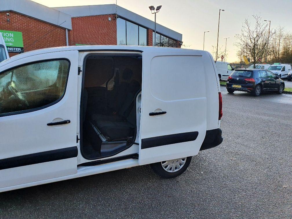 2017 Peugeot Partner 715 S 1.6 Bluehdi 100 Crew Van (NX17YVA) Image 15