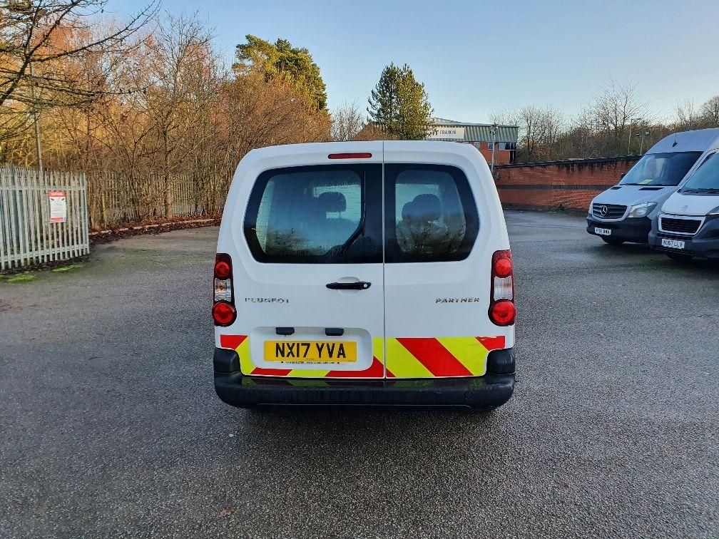 2017 Peugeot Partner 715 S 1.6 Bluehdi 100 Crew Van (NX17YVA) Image 12
