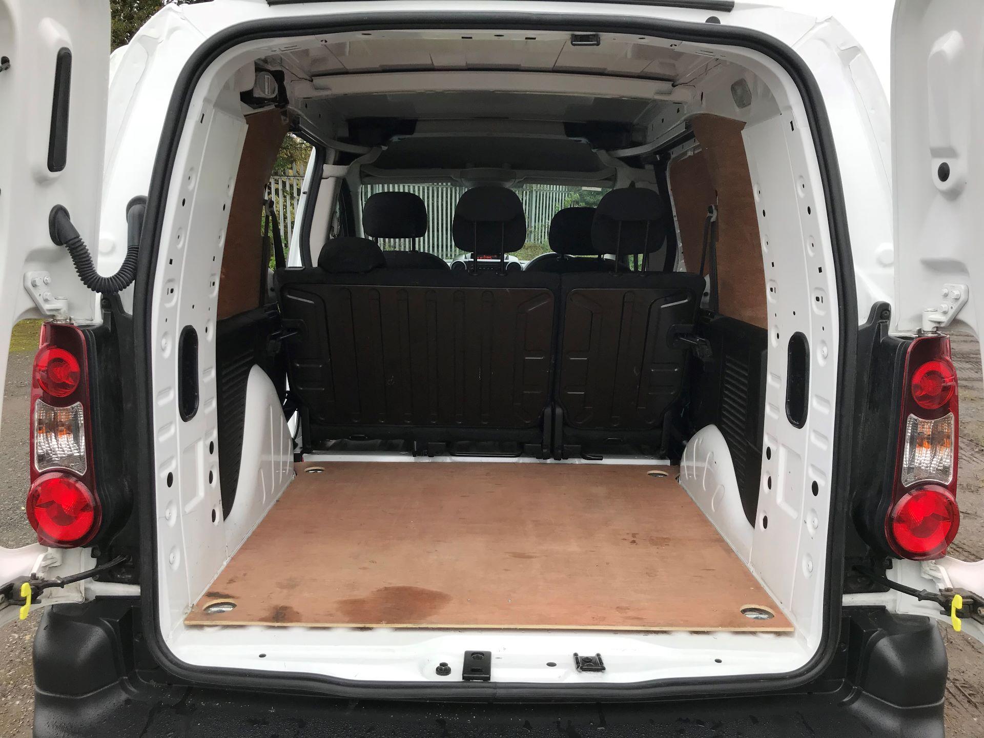 2017 Peugeot Partner 715 S 1.6 Bluehdi 100 Crew Van (NX17YVC) Image 16