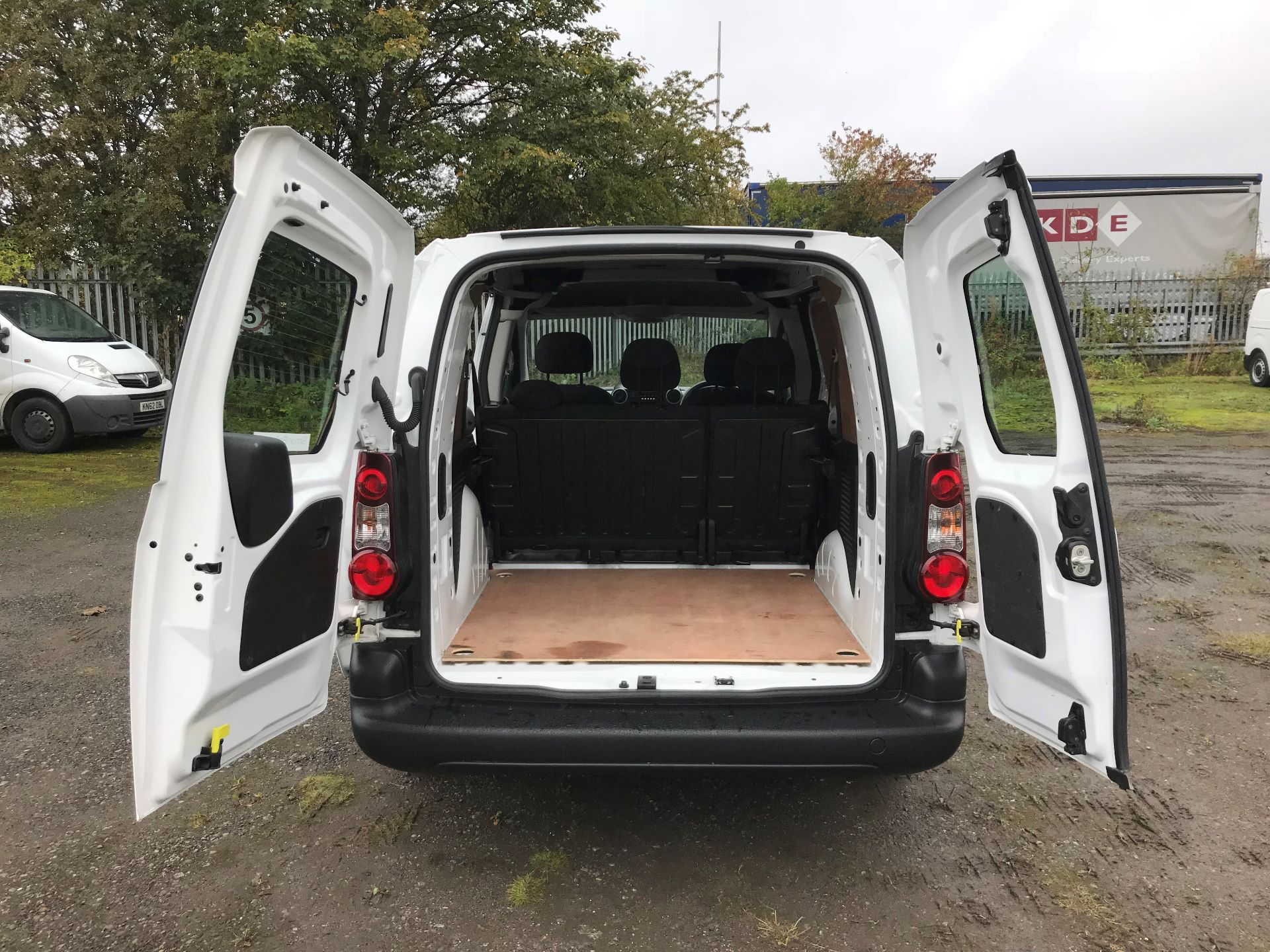 2017 Peugeot Partner 715 S 1.6 Bluehdi 100 Crew Van (NX17YVC) Image 15