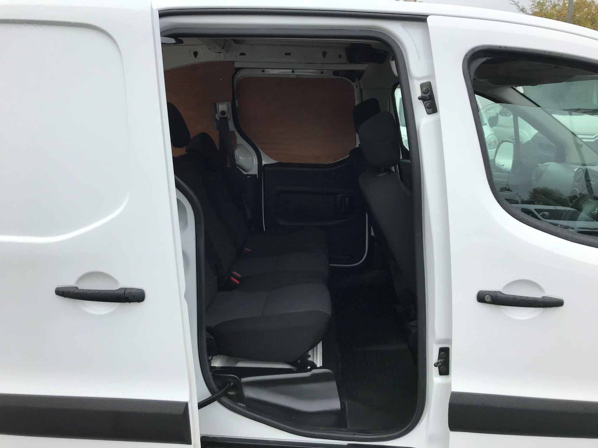 2017 Peugeot Partner 715 S 1.6 Bluehdi 100 Crew Van (NX17YVC) Image 18
