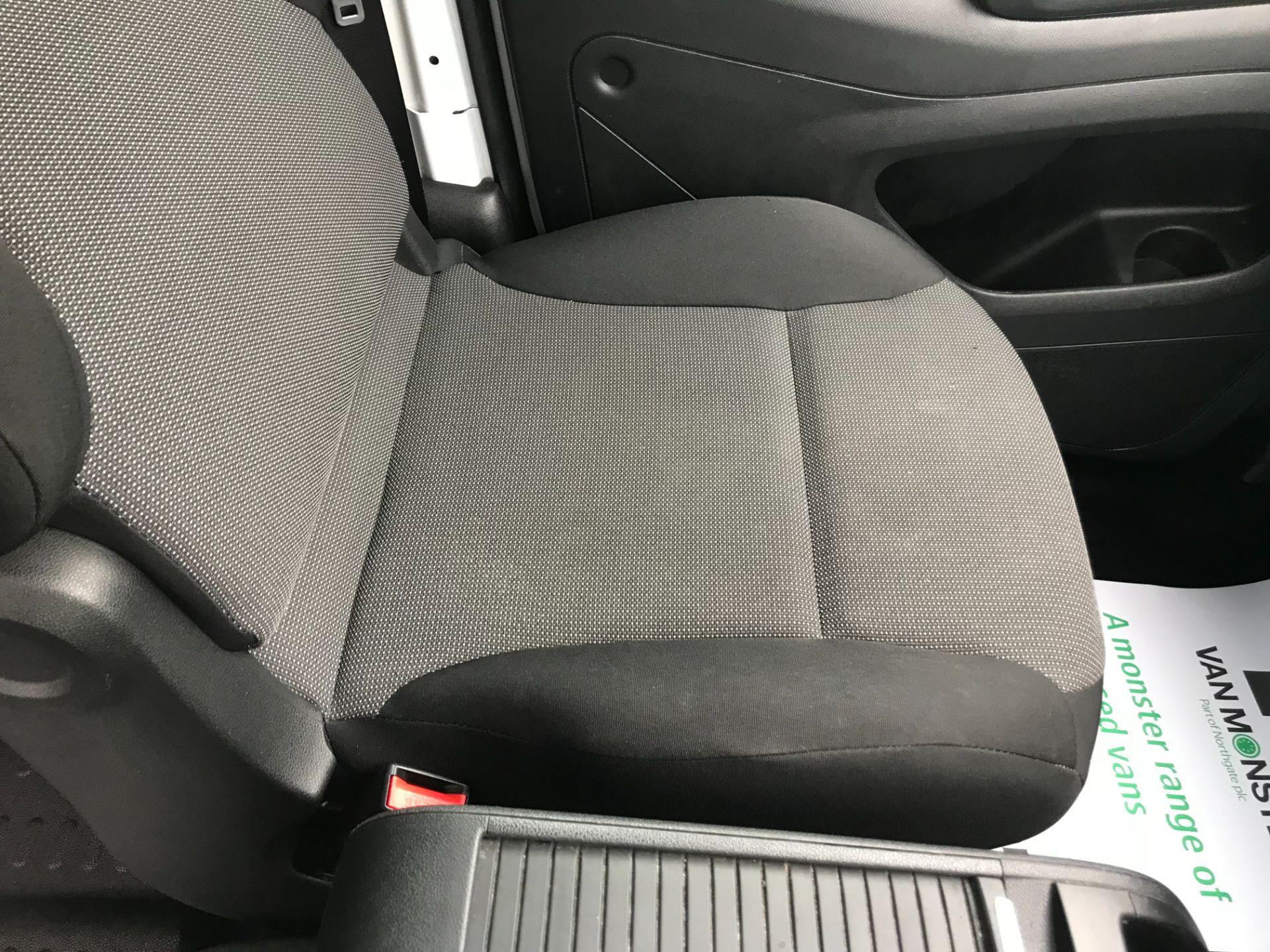2017 Peugeot Partner 715 S 1.6 Bluehdi 100 Crew Van (NX17YWD) Image 30