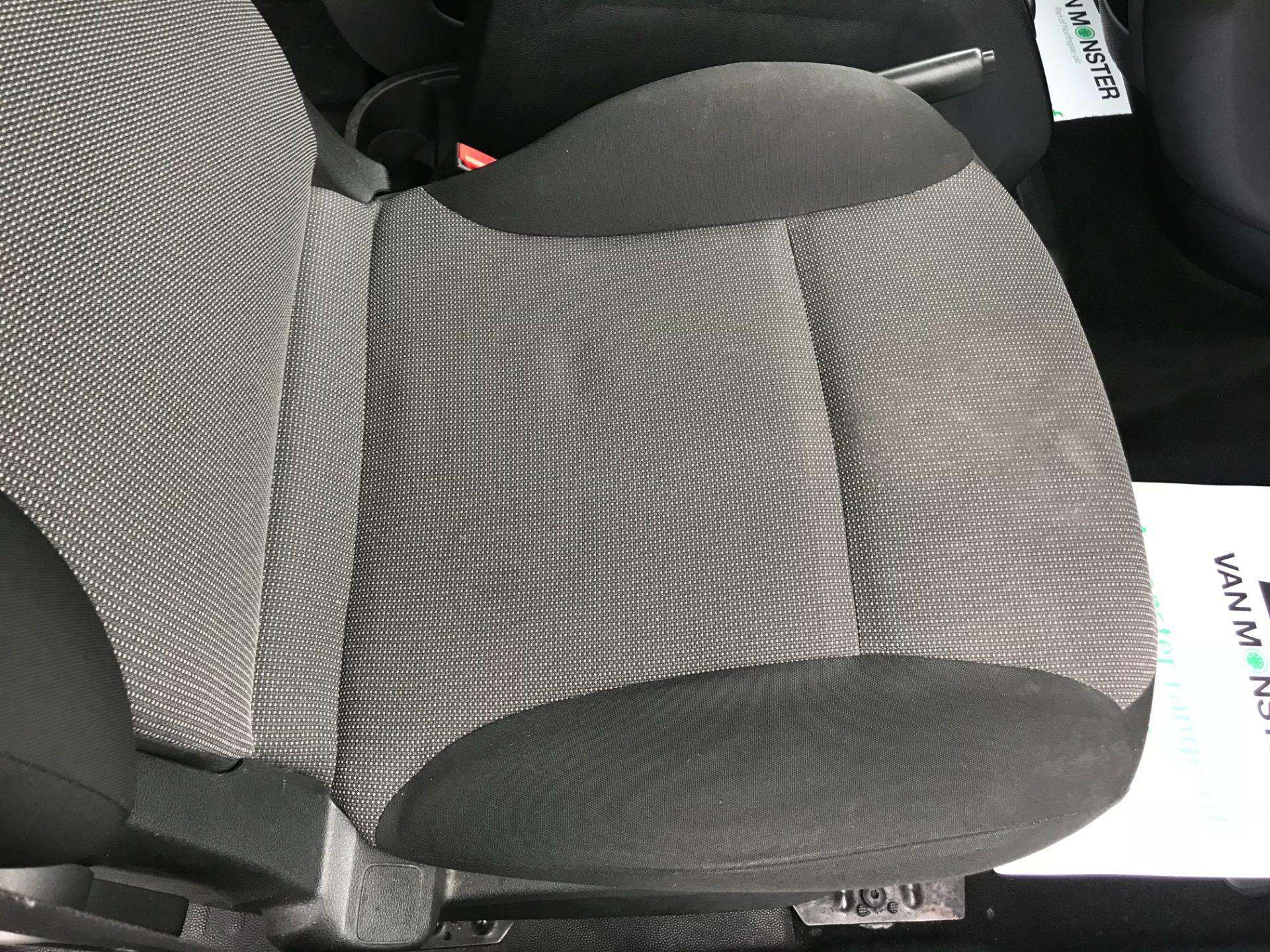 2017 Peugeot Partner 715 S 1.6 Bluehdi 100 Crew Van (NX17YWD) Image 31
