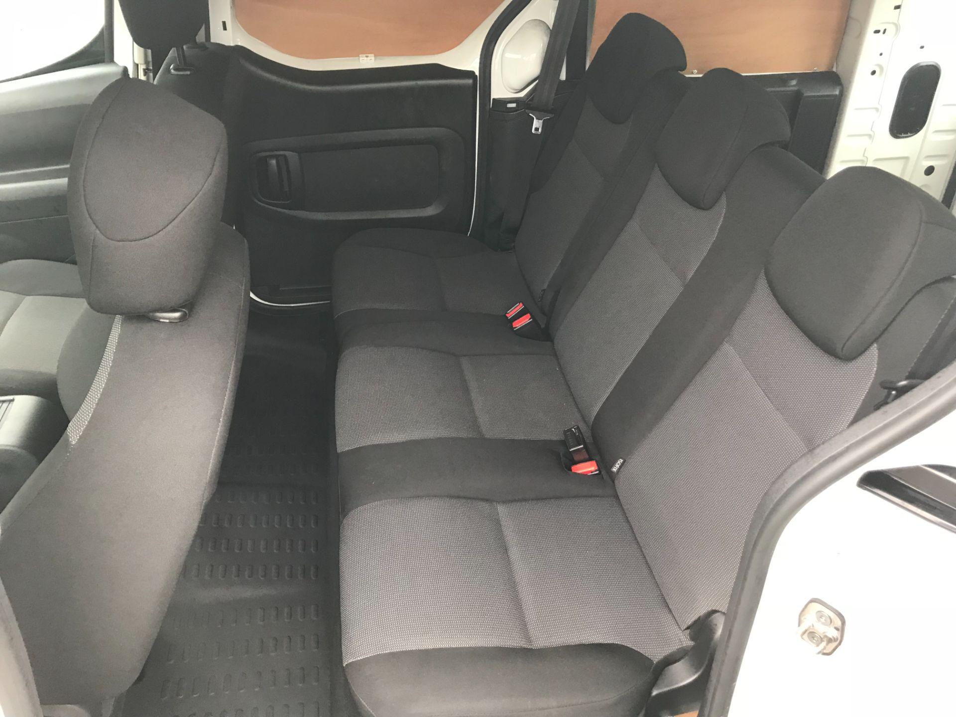 2017 Peugeot Partner 715 S 1.6 Bluehdi 100 Crew Van (NX17YWD) Image 25