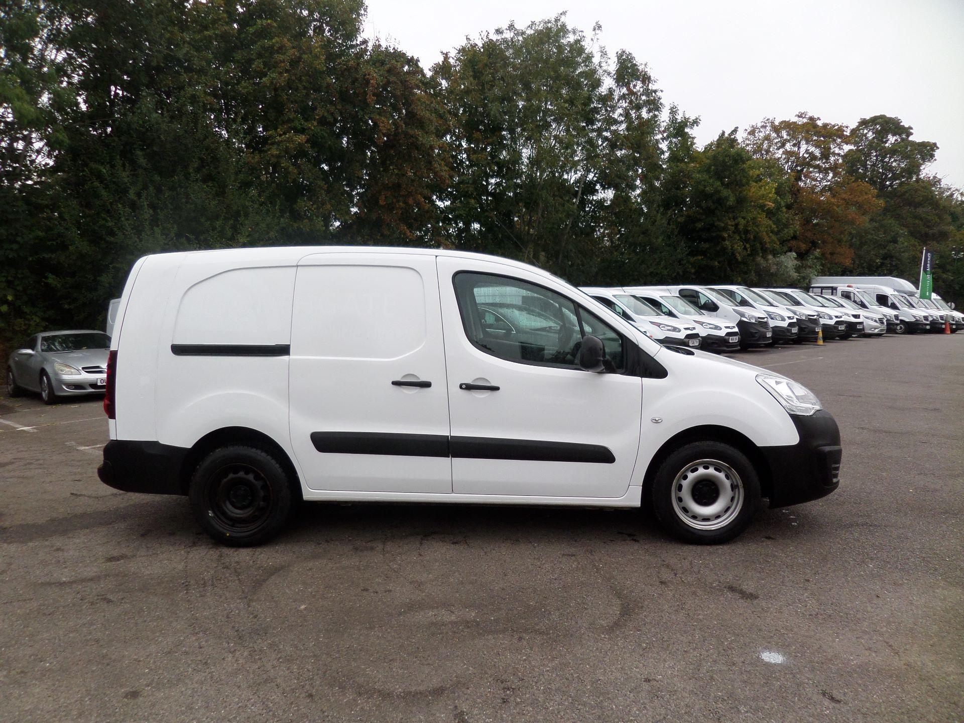 2017 Peugeot Partner 715 S 1.6 Bluehdi 100 Crew Van (NX17YWF) Image 2