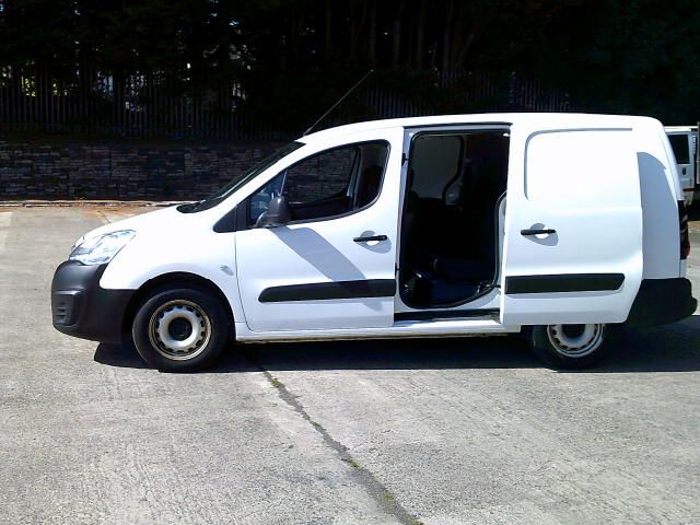 2018 Peugeot Partner 715 S 1.6 Bluehdi 100 L2 Crew Van (NX18WHS) Image 21