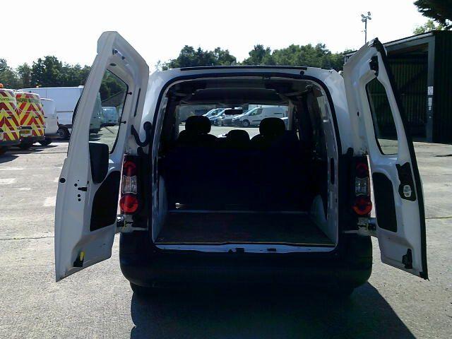 2018 Peugeot Partner 715 S 1.6 Bluehdi 100 L2 Crew Van (NX18WHS) Image 17