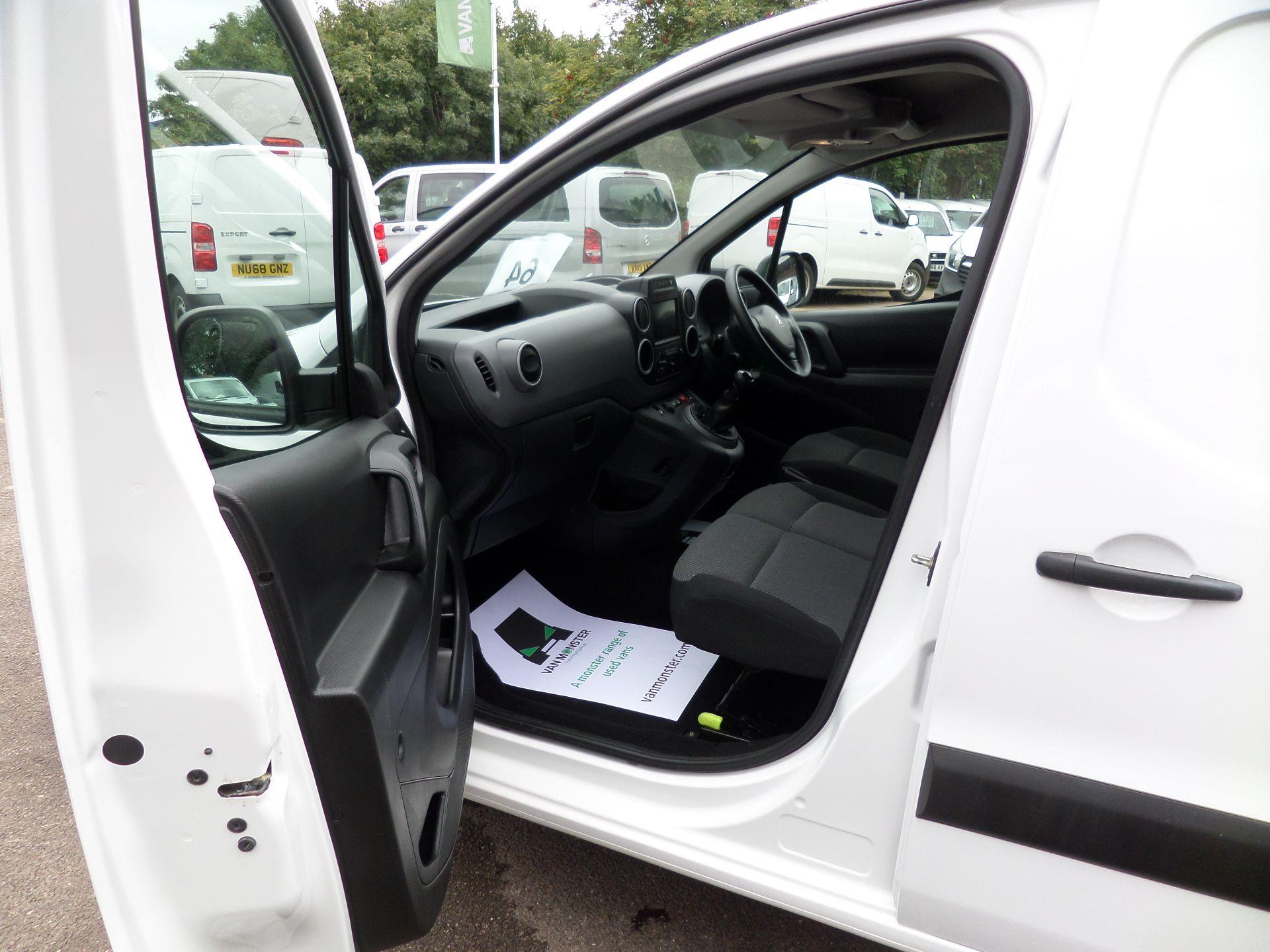 2018 Peugeot Partner 850 1.6 Bluehdi 100 Professional Van [Non Ss] Euuro 6 (NX18XVY) Image 7