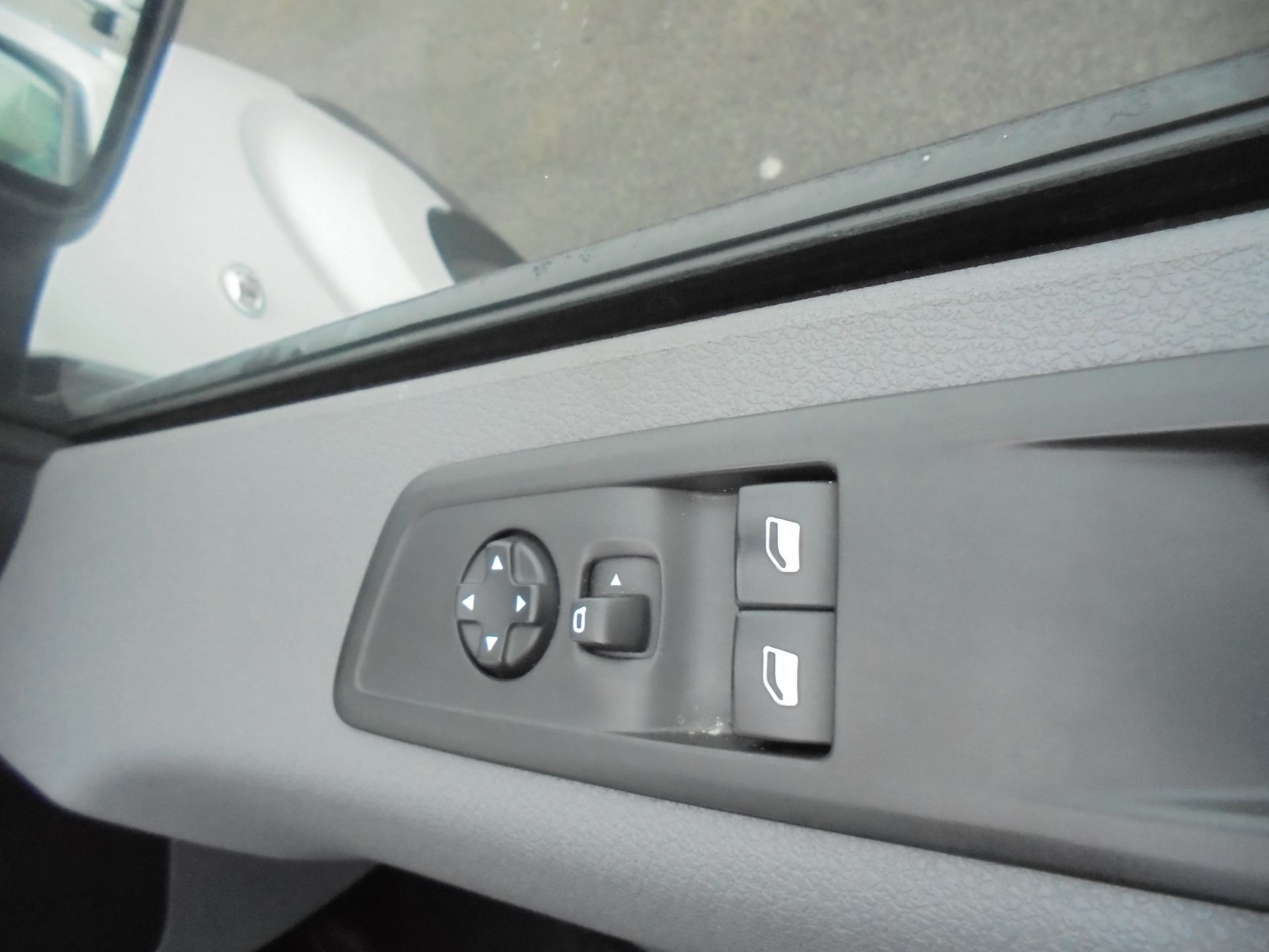 2018 Peugeot Expert  STANDARD 1000 1.6 BLUEHDI 95 S EURO 6 (NX18YDK) Image 18