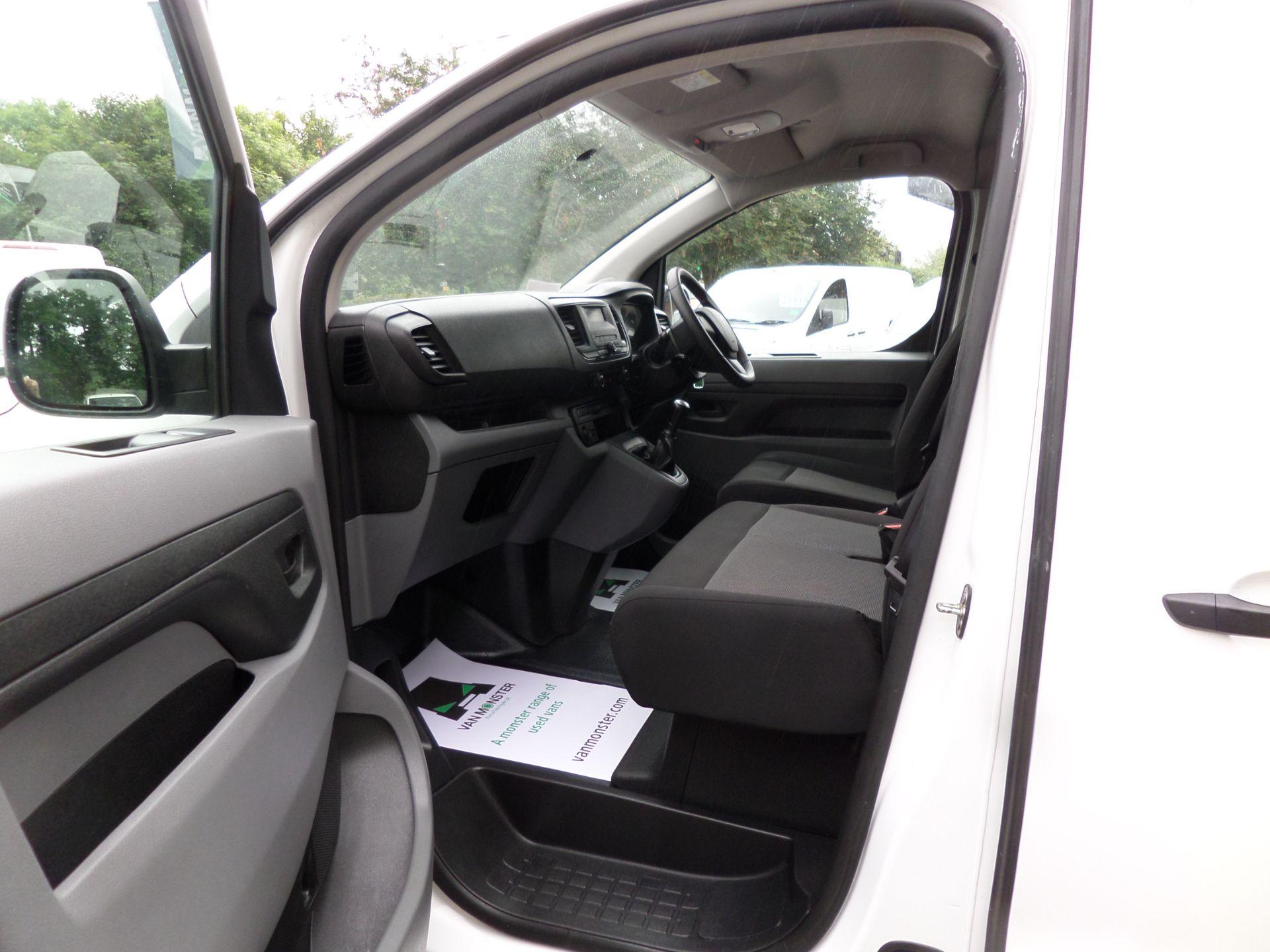2018 Peugeot Expert 1000 1.6 Bluehdi 95 S Van Euro 6 (NX18YLH) Image 9