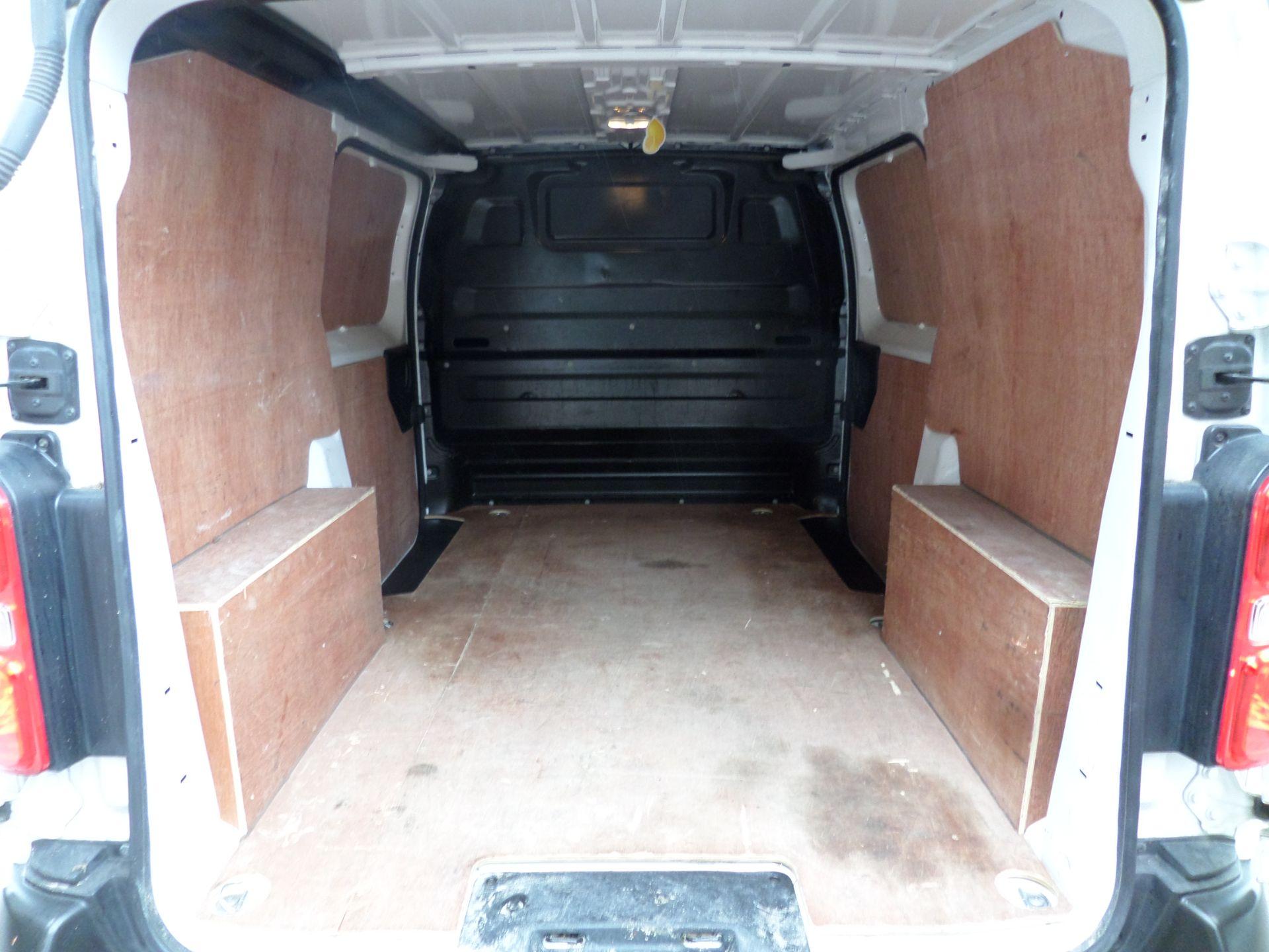 2018 Peugeot Expert 1000 1.6 Bluehdi 95 S Van Euro 6 (NX18YLH) Image 6