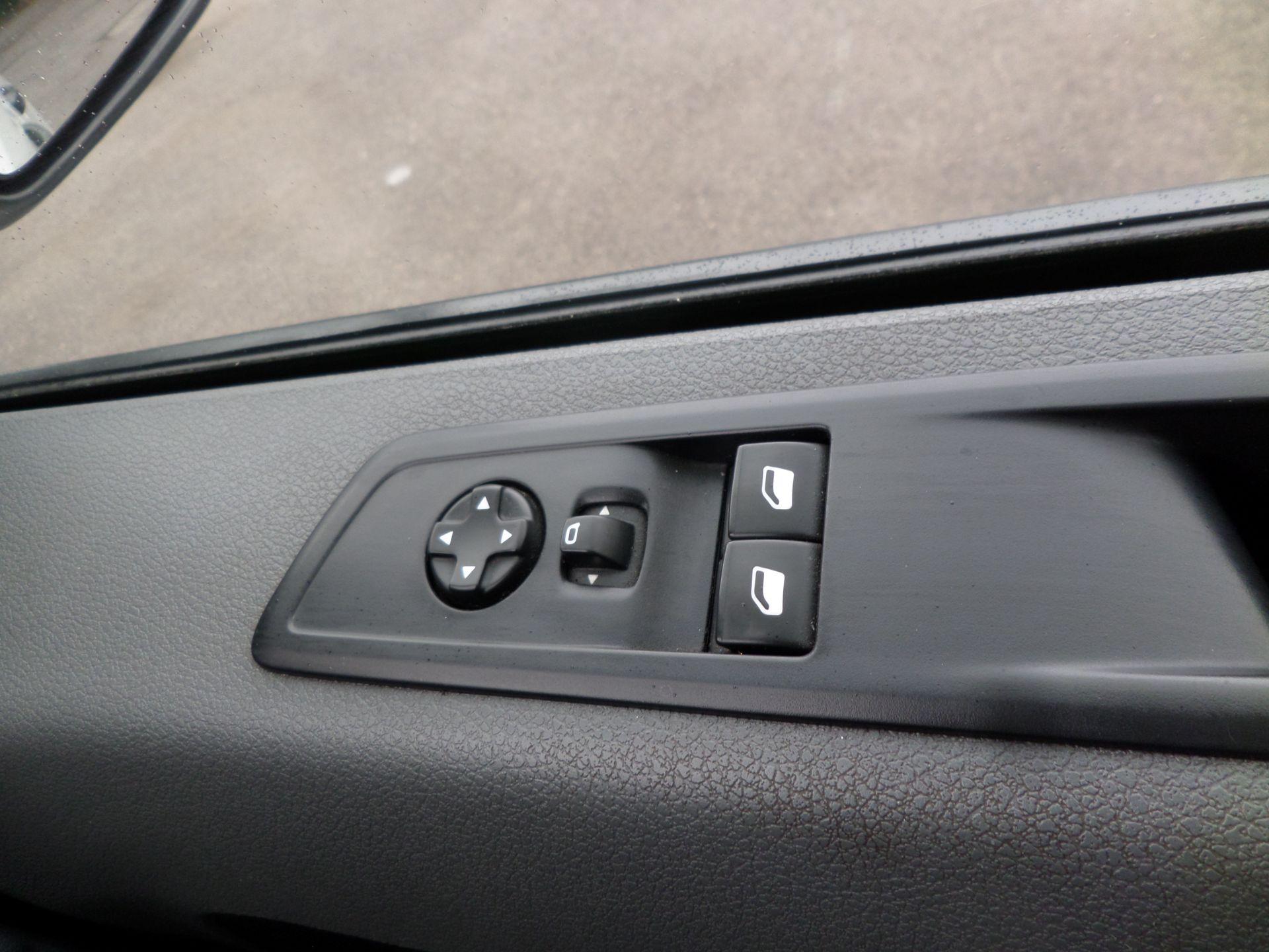 2018 Peugeot Expert 1000 1.6 Bluehdi 95 S Van Euro 6 (NX18YLH) Image 17