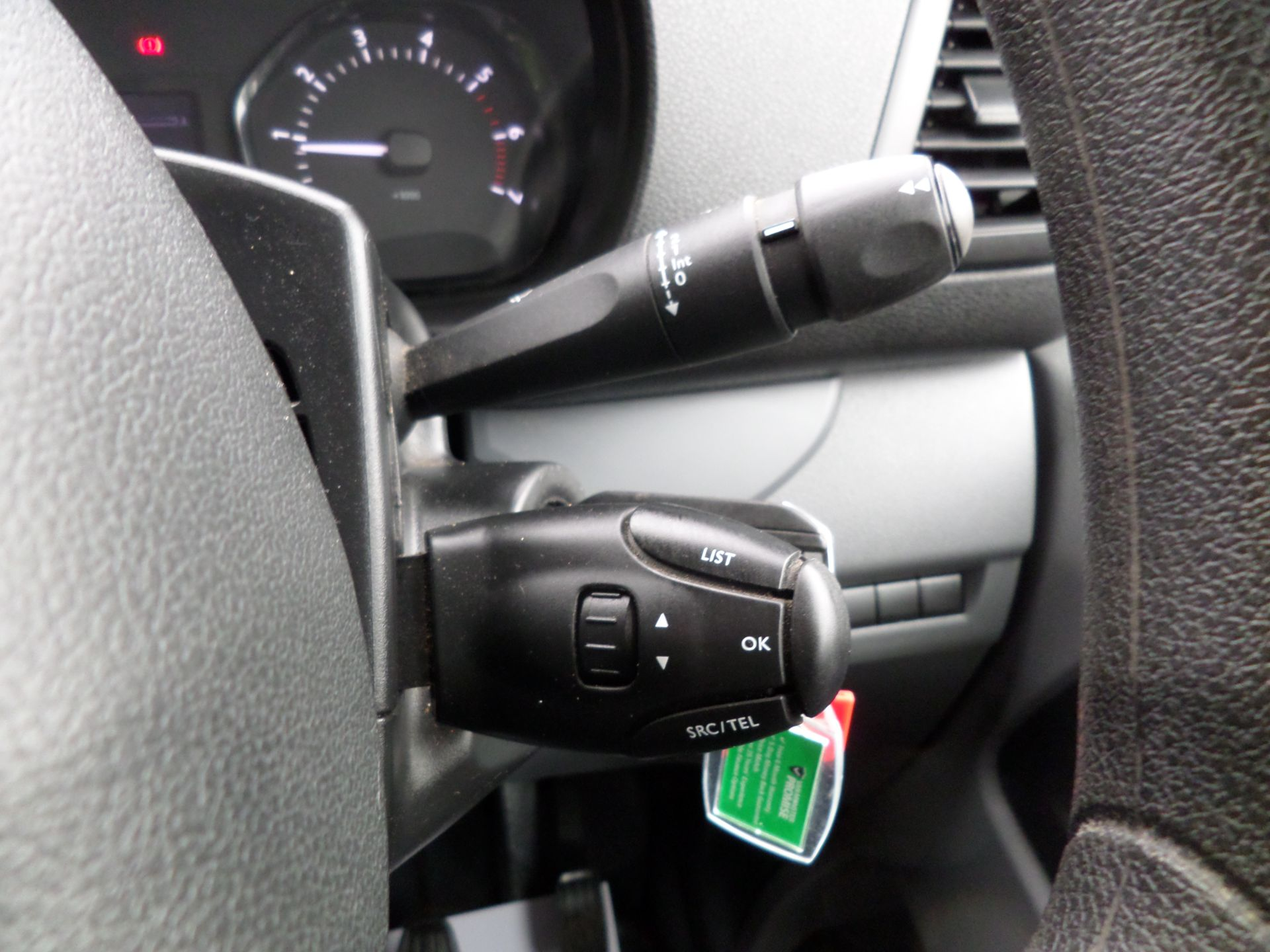 2018 Peugeot Expert 1000 1.6 Bluehdi 95 S Van Euro 6 (NX18YLH) Image 16