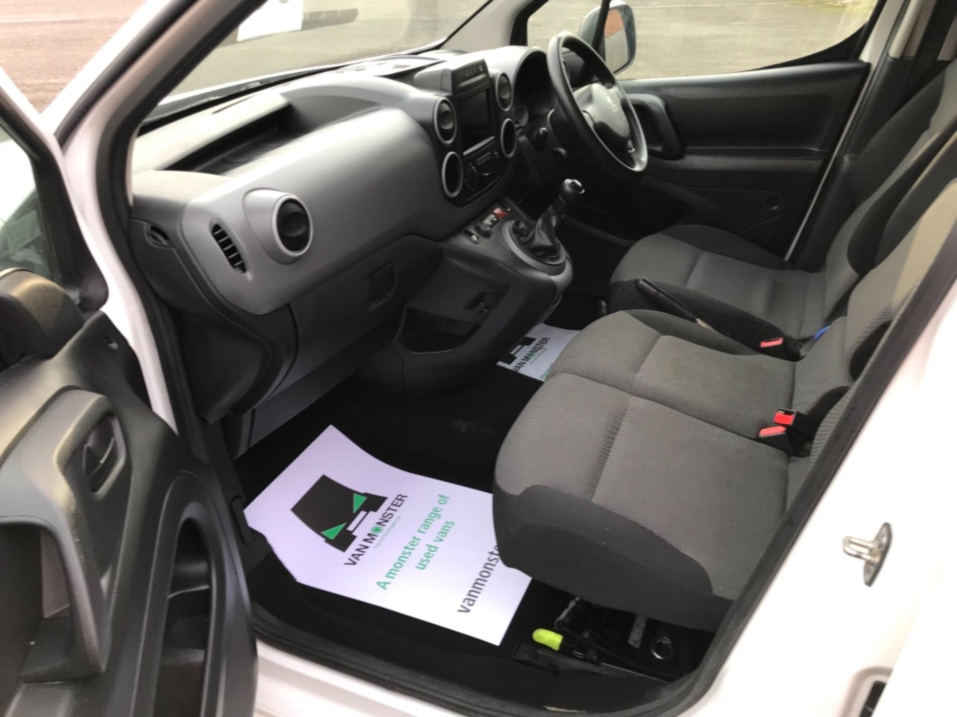 2018 Peugeot Partner 850 1.6 Bluehdi 100 Professional Van [Non Ss] (NX18ZUC) Image 24