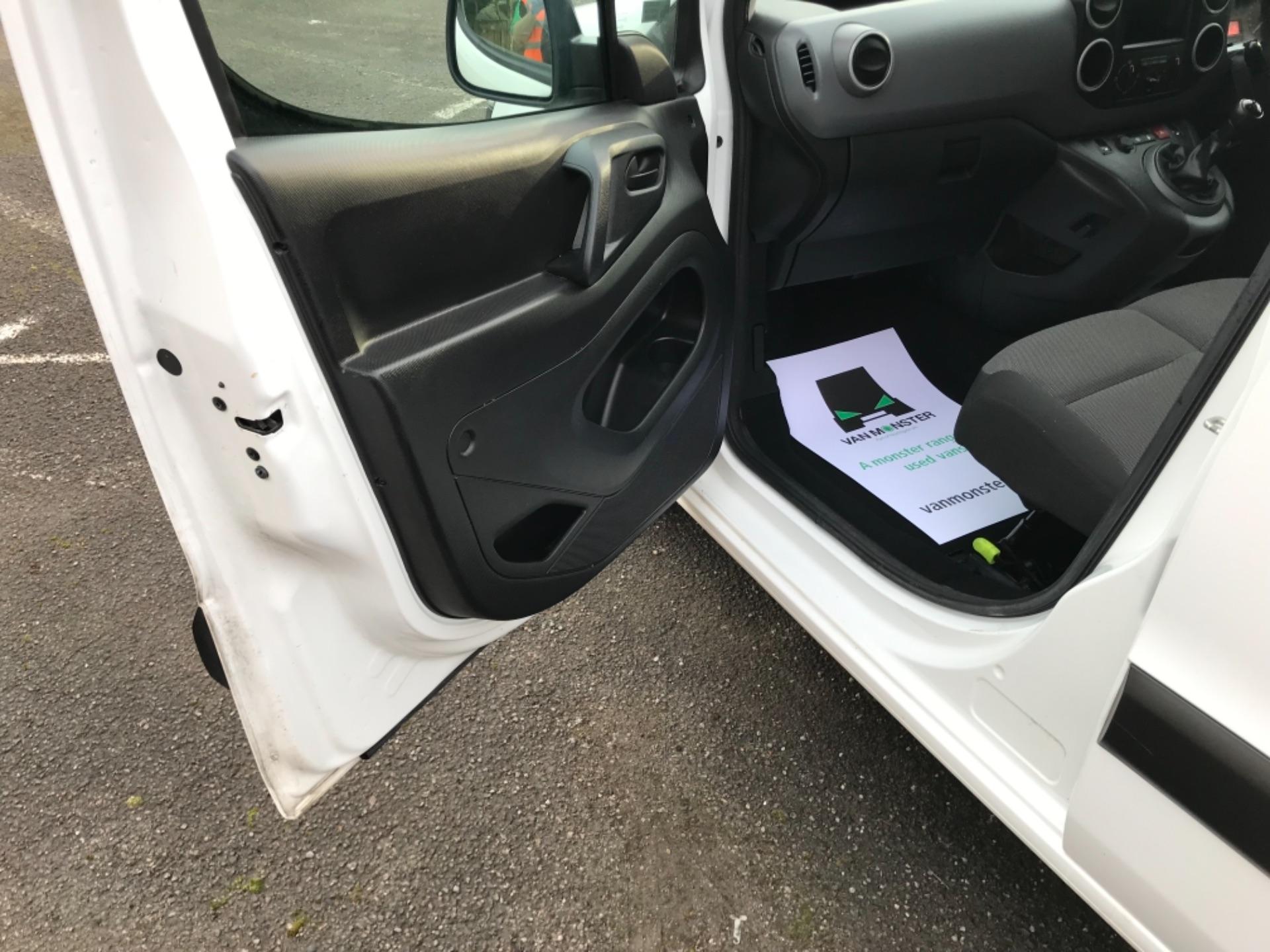 2018 Peugeot Partner 850 1.6 Bluehdi 100 Professional Van [Non Ss] (NX18ZUC) Image 26