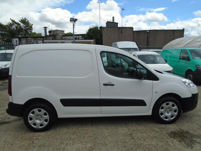 2013 Peugeot Partner  L1 850 1.6 92PS (SLD) EURO 5 *VALUE RANGE VEHICLE CONDITION REFLECTED IN PRICE* (NX63VKH) Image 8