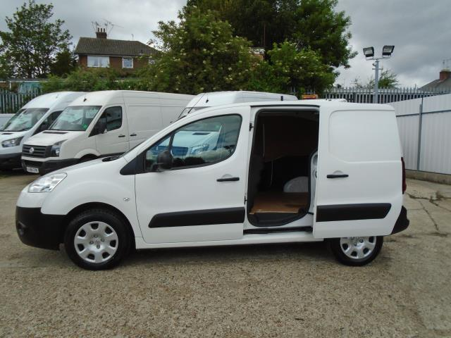 2013 Peugeot Partner  L1 850 1.6 92PS (SLD) EURO 5 *VALUE RANGE VEHICLE CONDITION REFLECTED IN PRICE* (NX63VKH) Image 9