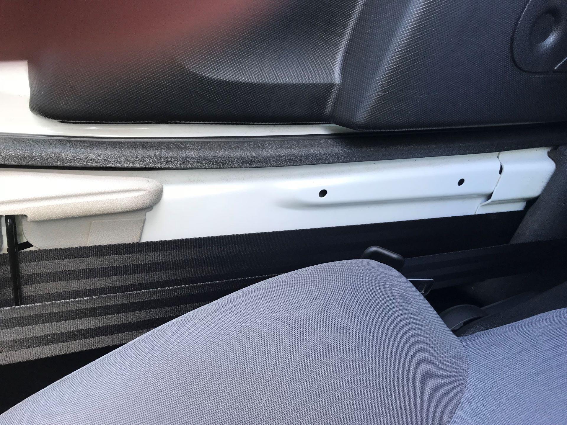 2014 Peugeot Partner L1 850 S 1.6 92PS (SLD) EURO 5 (NX64NZP) Image 41