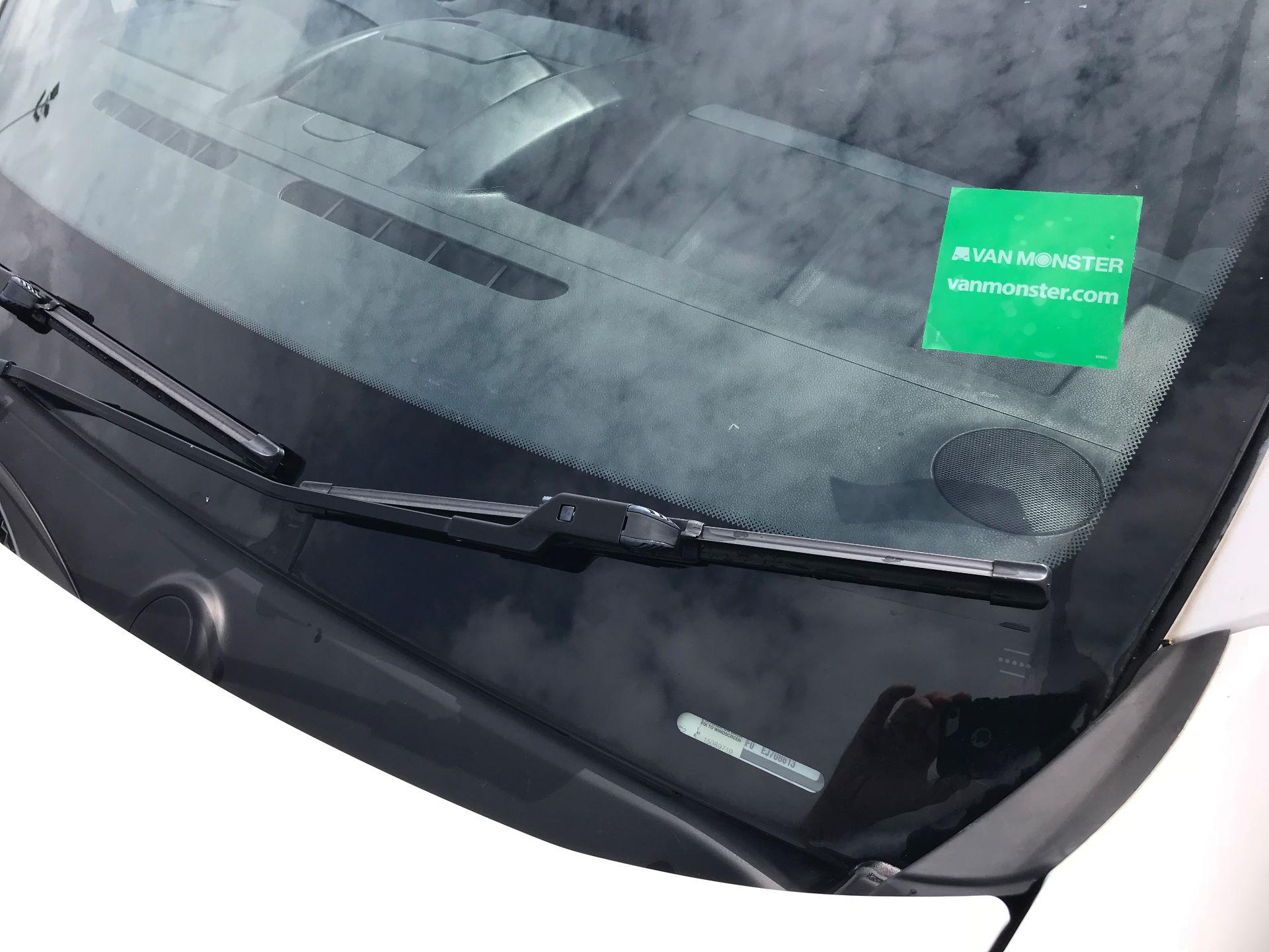 2014 Peugeot Partner L1 850 S 1.6 92PS (SLD) EURO 5 (NX64NZW) Image 15