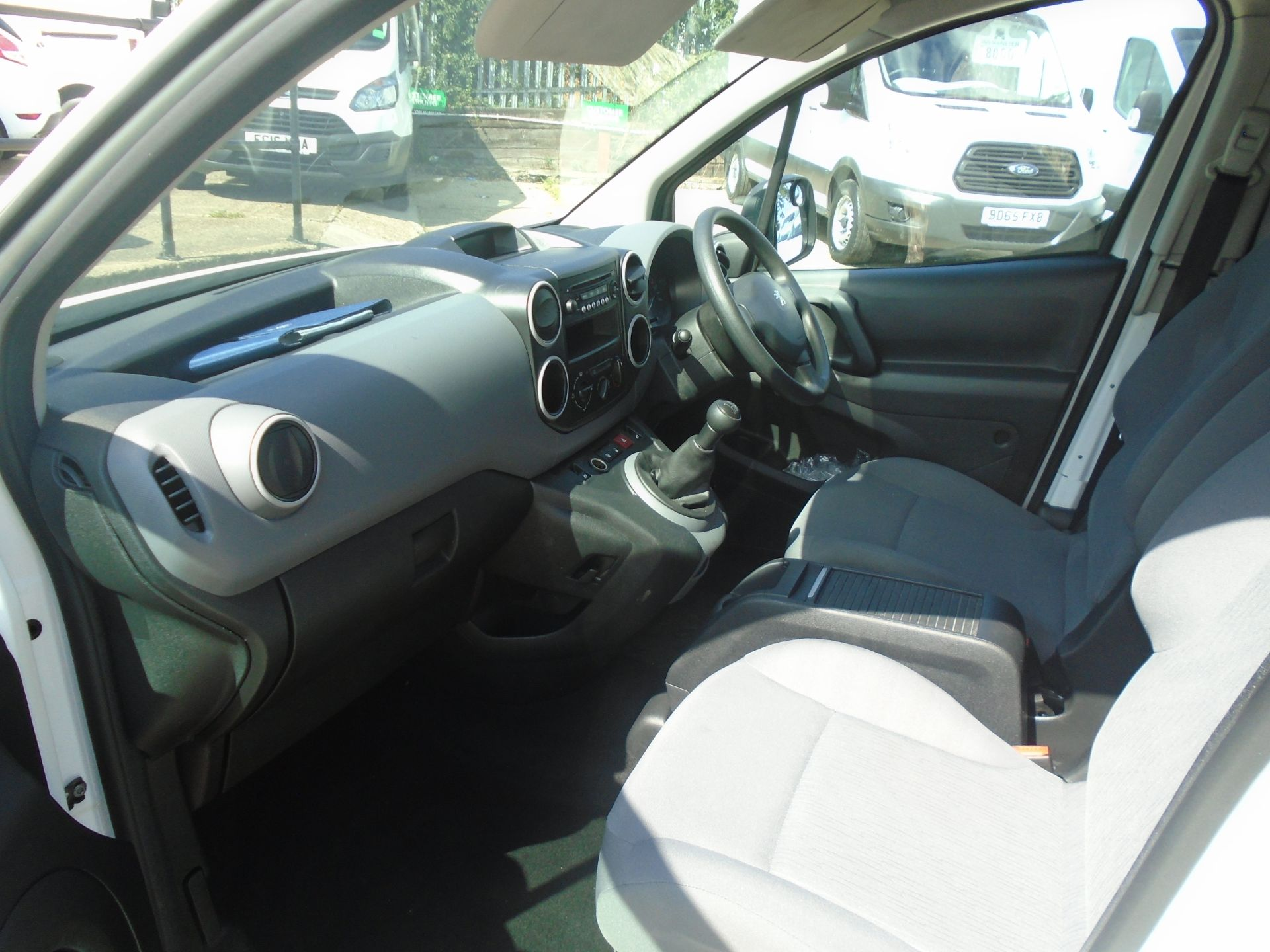 2015 Peugeot Partner 750 S 1.6 Hdi 92 Van (NX65VBJ) Image 14