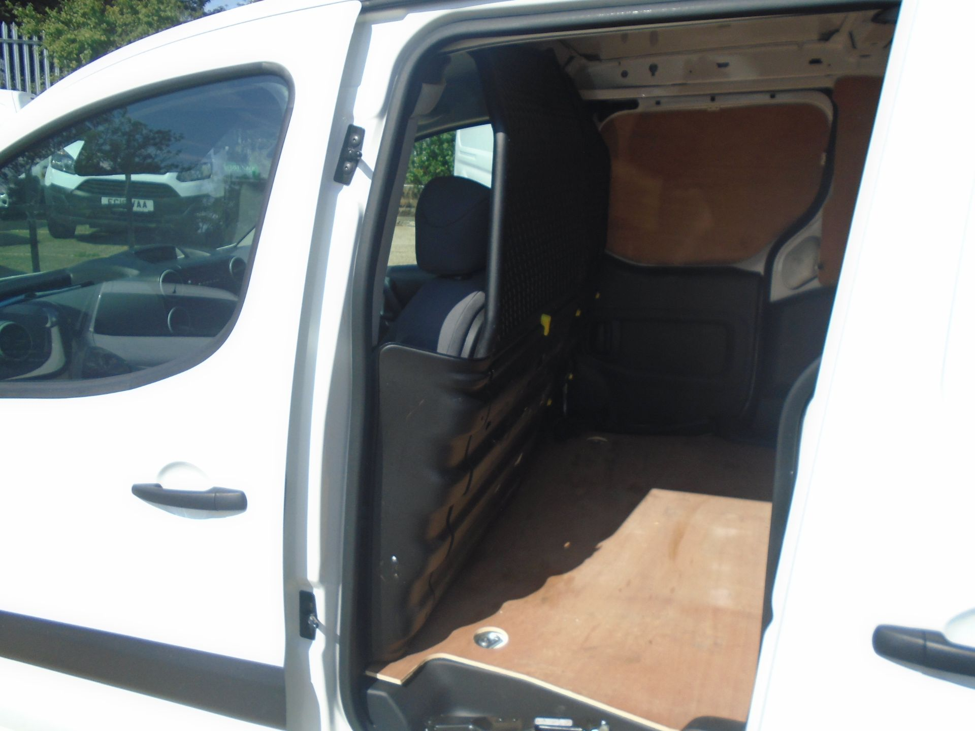 2015 Peugeot Partner 750 S 1.6 Hdi 92 Van (NX65VBJ) Image 6