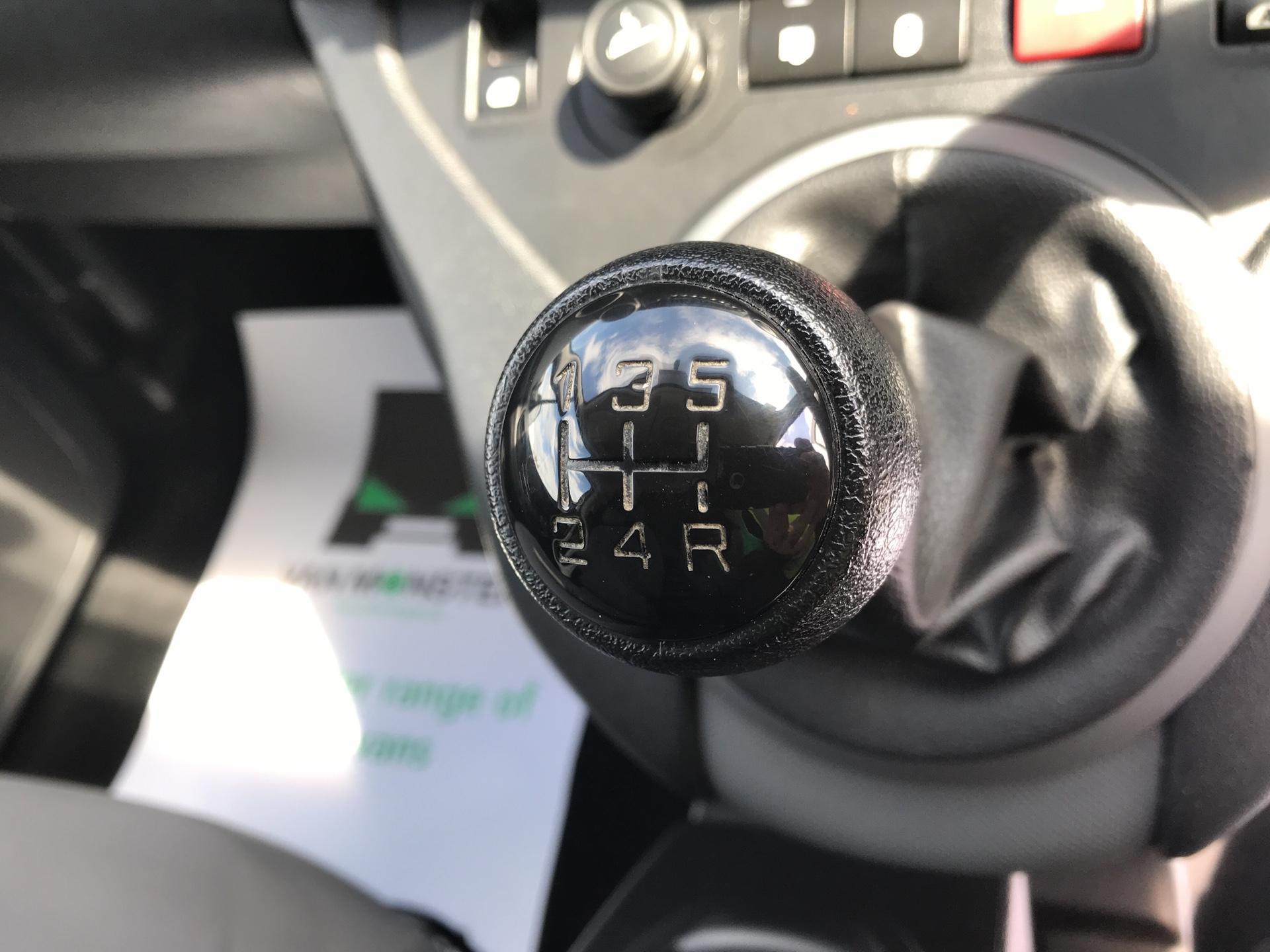 2015 Peugeot Partner L2 750 S 1.6 92PS EURO 5 (NX65VBU) Image 11