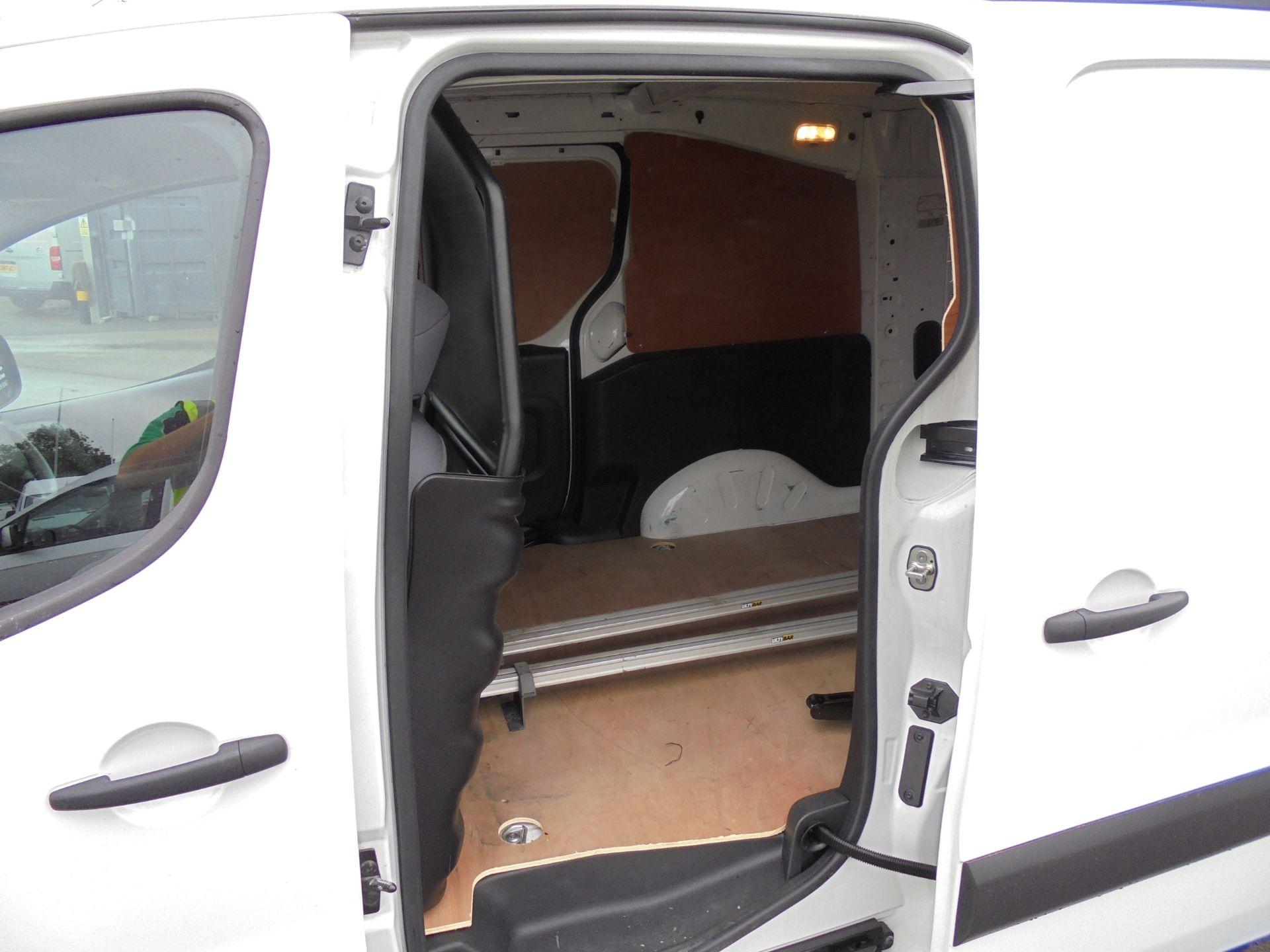 2015 Peugeot Partner 750 S 1.6 Hdi 92 Van LWB (NX65VCF) Image 15
