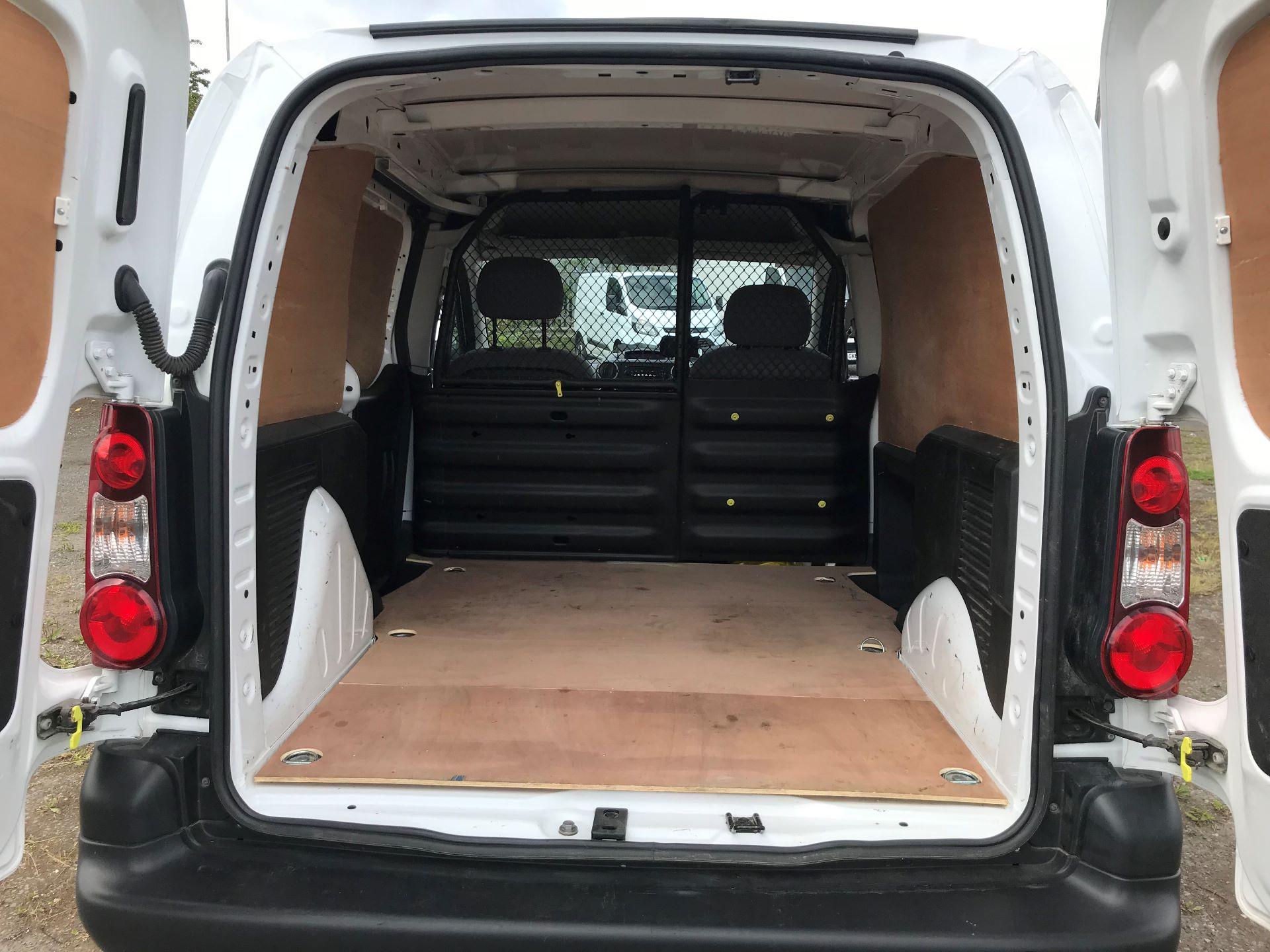 2015 Peugeot Partner 850 S 1.6 Hdi 92 Van [Sld] (NX65VCV) Image 16