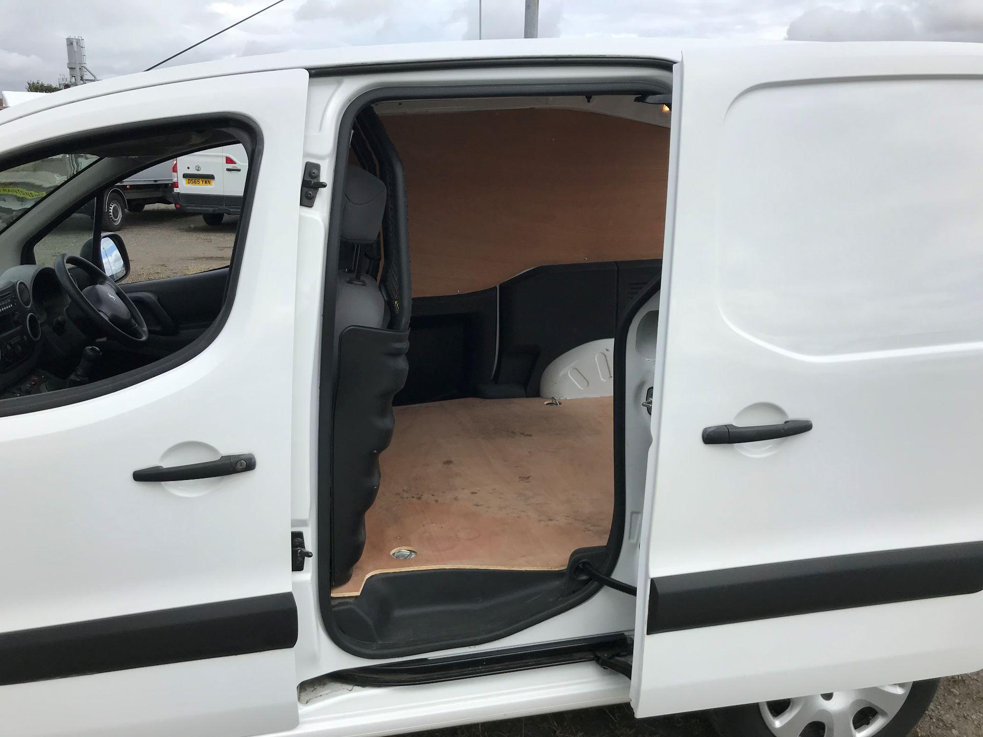 2015 Peugeot Partner 850 S 1.6 Hdi 92 Van [Sld] (NX65VCV) Image 17