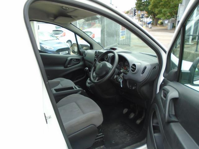 2015 Peugeot Partner 850 S 1.6 Hdi 92 Van [Sld] (NX65WZW) Image 17