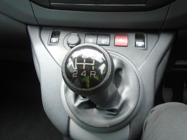 2015 Peugeot Partner 850 S 1.6 Hdi 92 Van [Sld] (NX65WZW) Image 26