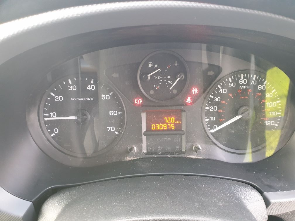 2015 Peugeot Partner L1 850 S 1.6 92PS (SLD) EURO 5 *SPEED RESTRICTOR SET AT 70MPH* (NX65YDU) Image 18