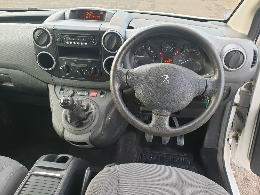 2015 Peugeot Partner L1 850 S 1.6 92PS (SLD) EURO 5 *SPEED RESTRICTOR SET AT 70MPH* (NX65YDU) Image 16